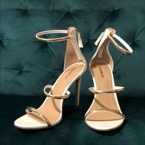 Bebe White and Gold Heels
